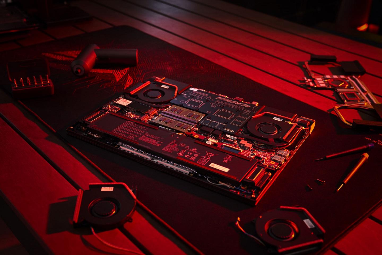 Asus ROG STRIX G Advatage Edition на AMD 8